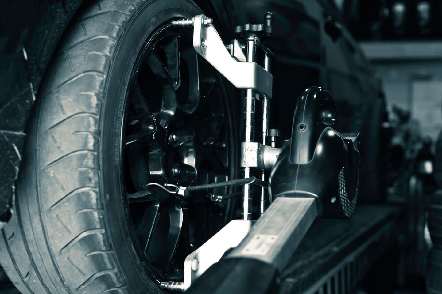 Discover the what, why and how of car alignment | MOOG